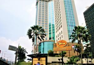 00-peninsula-hotel20100601